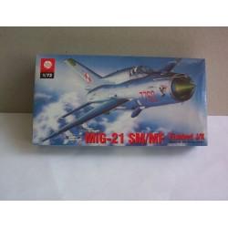 MODEL -SAMOLOTU MIG-21 SM_MF